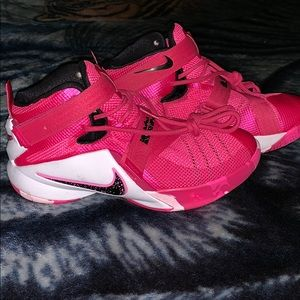 Other - Lebron James Soldier sneakers *Think Pink*